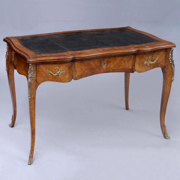 Scrivania stile Luigi XV