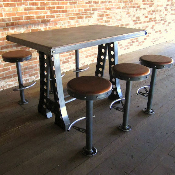 Tavolo con sgabelli for Tavoli per ristoranti usati